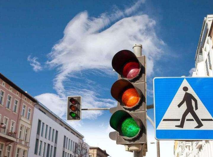 合肥市民注意,这些路段闯红灯会被抓拍曝光!